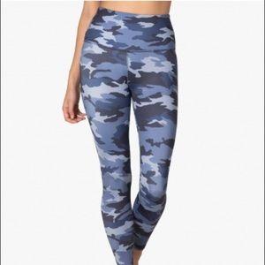 NWT Beyond Yoga Blue Camo leggings